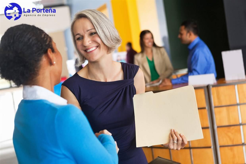 Consejos para elegir una agencia de empleo y contratar a una niñera