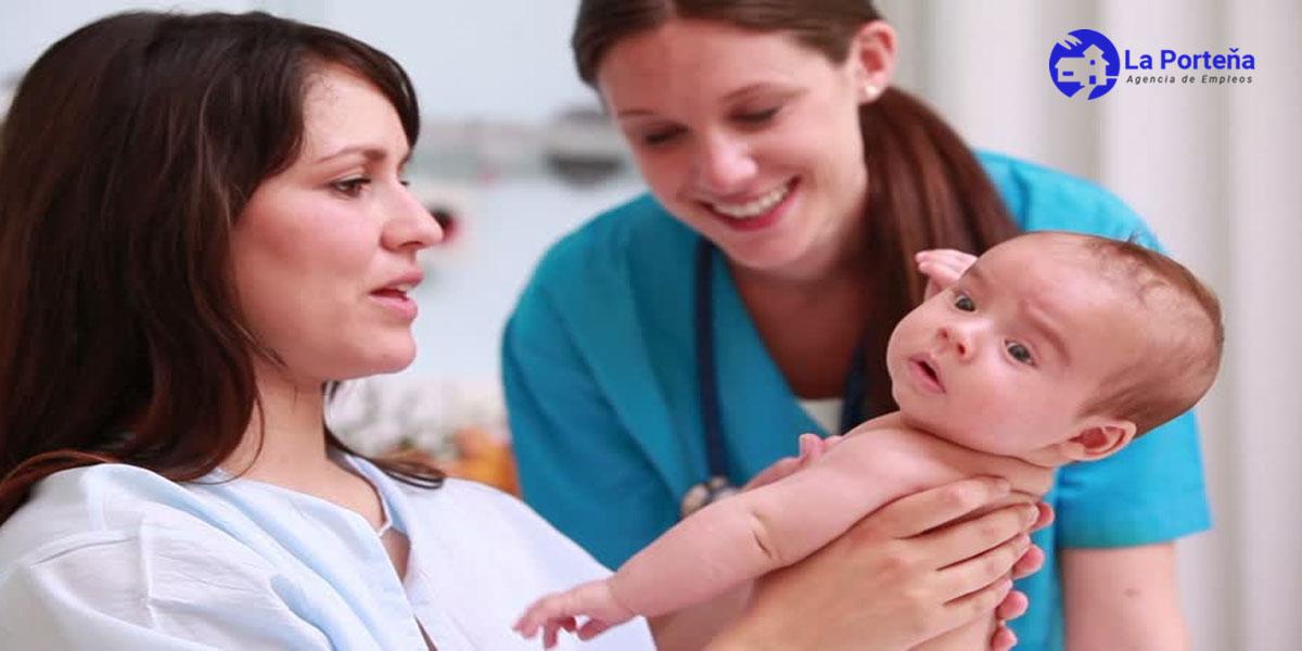 Beneficios de tener una enfermera en casa  durante el postparto