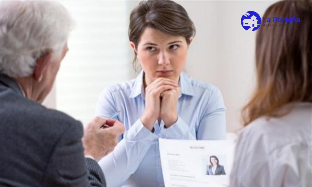 ¿Cómo debo actuar en una entrevista laboral si presento un CV sin experiencia?